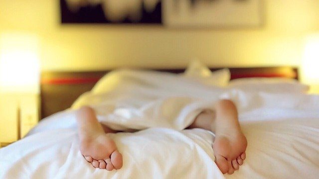 Am I at risk for sleep apnea? Here are 4 risk factors.